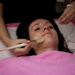 Tratament Facial - VIDEO